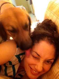 עינת נתיב עם כלב אצ'מבה Achambha